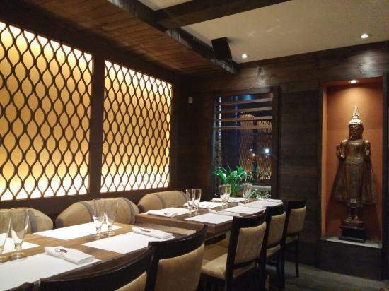 20151031 195730 photo de pick thai restaurant. Black Bedroom Furniture Sets. Home Design Ideas