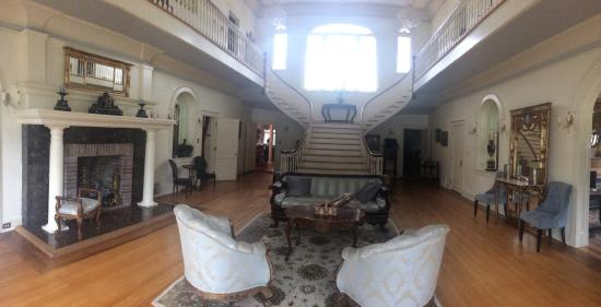 Oak Crest Mansion Inn: photo3.jpg