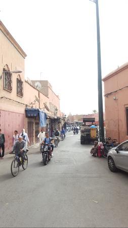 Riad Dar Alsaad: Straße zur Gasse des Riad