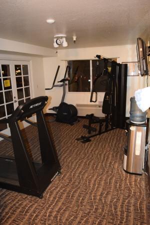 Comfort Inn : Überschaubarer Fitnessraum