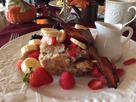 Hartwell House Inn and Conference Center: Charlene's Famous French Toast