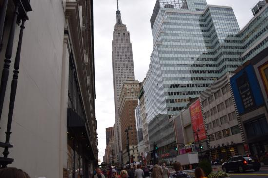 The Iroquois New York: Empire State Building. Not far from the hotel.