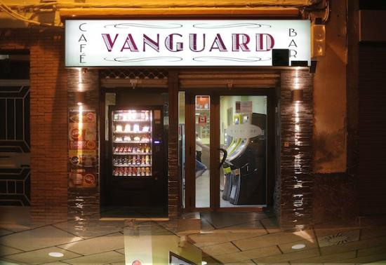 Bar Vanguard