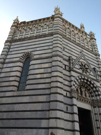 Baptistery : photo0.jpg