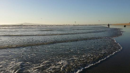 Beach - Ocean Surf Inn & Suites Photo