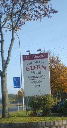 Landhaus Eden: 24 Stunden Check in?
