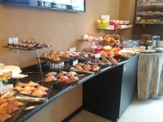 Melqart Hotel : panoramica colazione