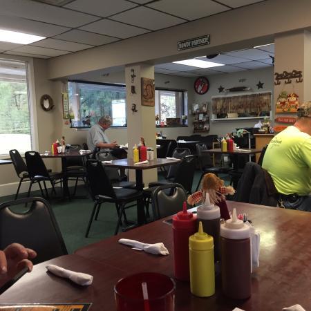 Brown S Family Restaurant Bbq Clinton Reviews Phone Number Photos Tripadvisor