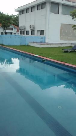 Village Retreat: Pool view