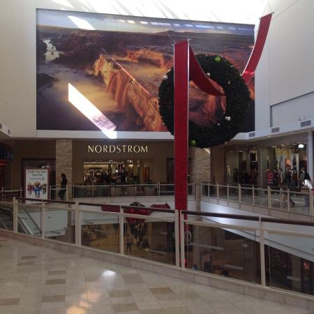 ‪Chandler Fashion Center‬