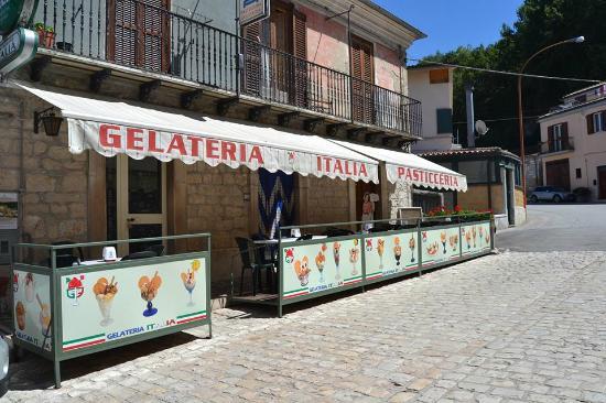 Bar Gelateria Italia