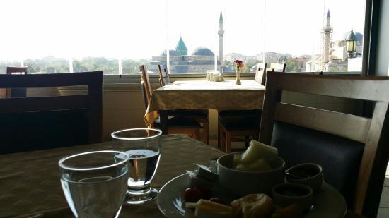 Rumi Hotel: 20151021_094449_large.jpg
