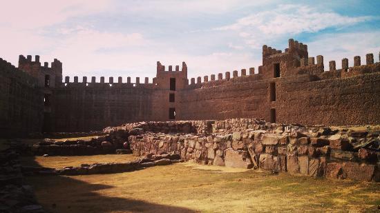 Castillo De Banos De La Encina Picture Of Banos De La Encina
