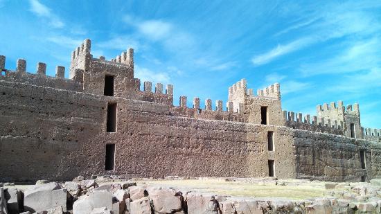 Castillo de ba os de la encina picture of banos de la encina castle banos de la encina - Castillo de banos de la encina ...