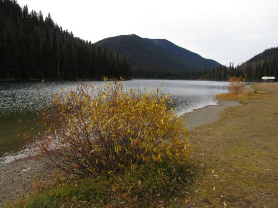 Manning Park Resort: Lightning Lake