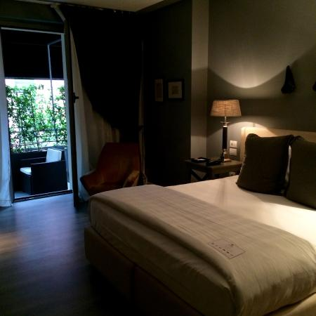 wheel picture of the yard hotel milan tripadvisor. Black Bedroom Furniture Sets. Home Design Ideas