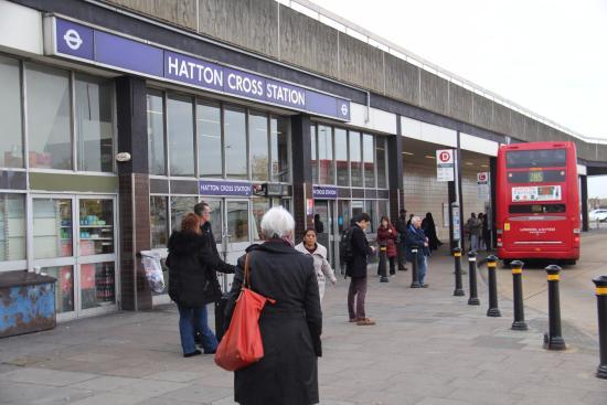 Hatton Cross Underground Station Easy 5 Minute Walk From