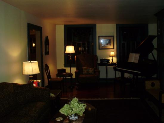 Stone Ridge, NY: The lounge