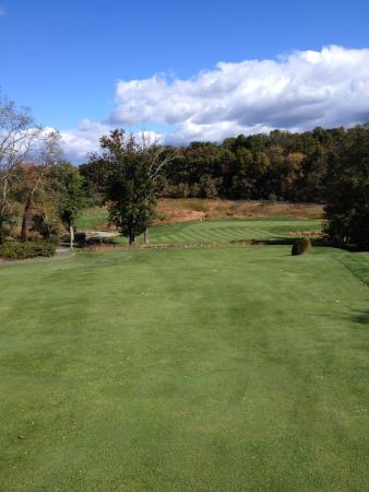 Round Hill, VA: Lovely private course in western Loudoun county.