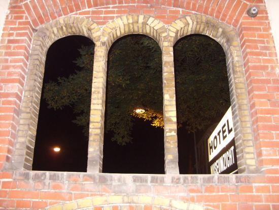 Hotel Museumzicht: ENTRATA VISTA DALL'INTERNO