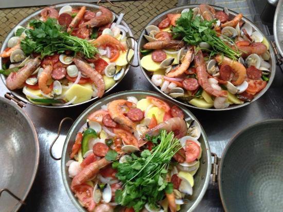 Bom Dia Com Cafe: Picture Of Restaurante Bom Dia, Paco De Arcos