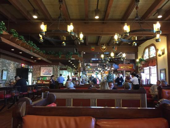 Interior - Pea Soup Andersen's Photo