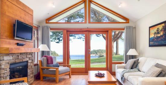 Mayne Island Resort: Luxury cottage