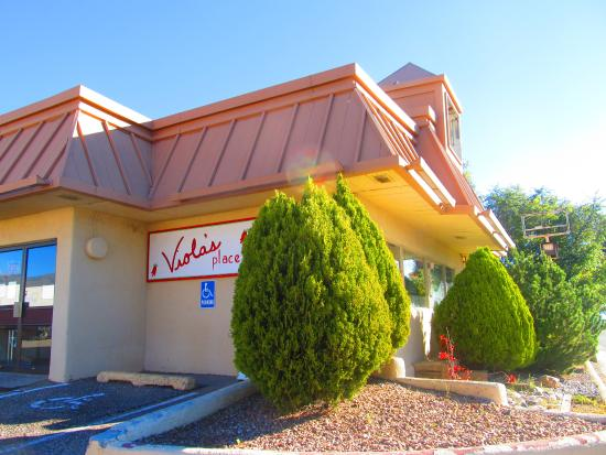 Viola's Restaurant: здание