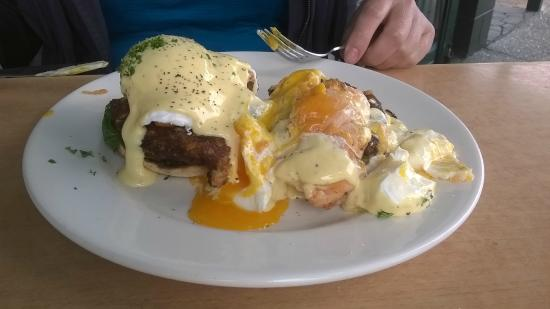 Vibes Cafe : Nicely cooked eggs:)