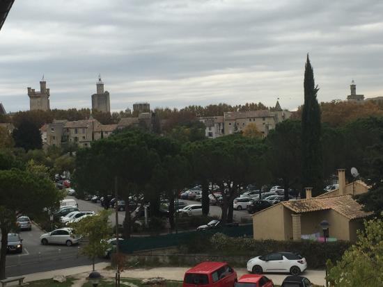 Residence Le Mas des Oliviers: Vue du balcon fin octobre