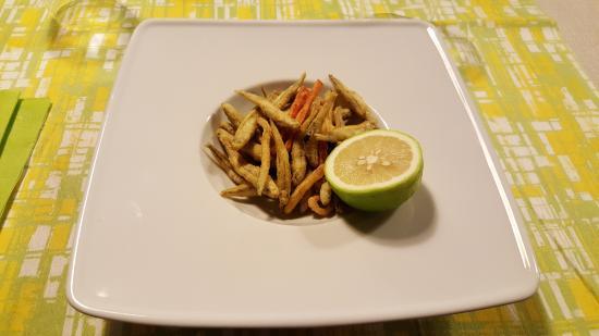 La Cariola Sbusa: Antipasto di pesciolini fritti