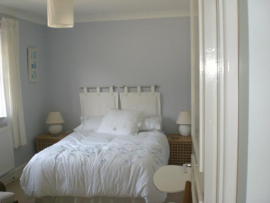 Durrus, Irlandia: Double room with TV and Wifi