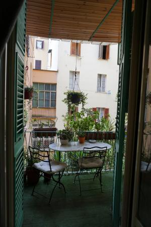 B&B Biancagiulia: Balcony facing the inner courtyard