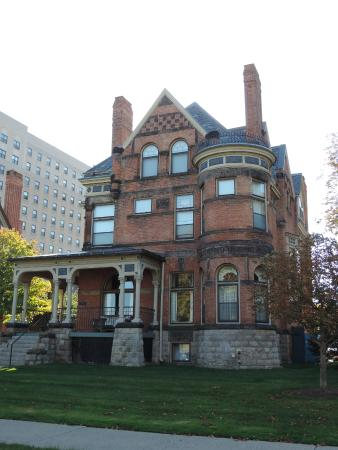 Inn on Ferry Street: One of the four mansions