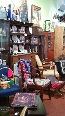 Hopewell, Virginie : Bobby's Antiques & Collectibles