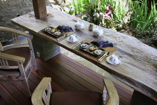 Abangan Restaurant: Room Service