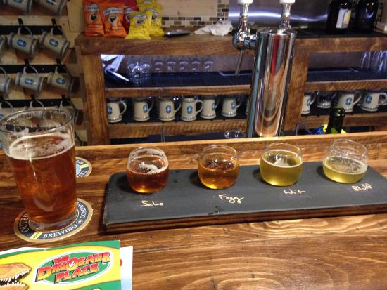 Groton, CT: Outer Light Brewing Company - Flight and a pint