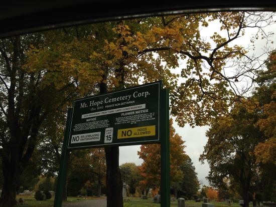 Mount Hope Garden Cemetery: Sign Near the Entrance of Mount Hope Cemetery