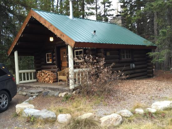 Storm Mountain Lodge & Cabins: Our Storm Mountain Cabin