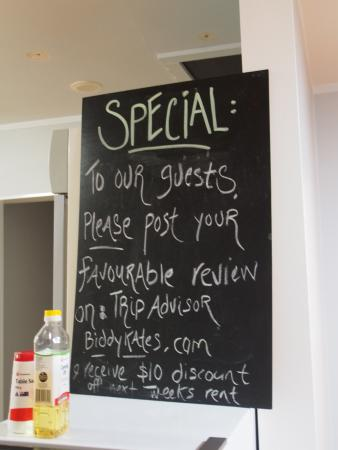 Biddy Kate's Backpackers: discount for guest to leave good review on tripadvisor