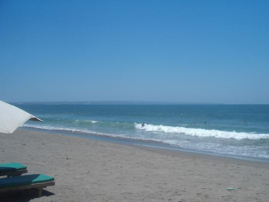 Batu Belig Beach Have A Surf