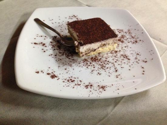 Ristorante Lago di Sefro: Le cucine buonissimi!