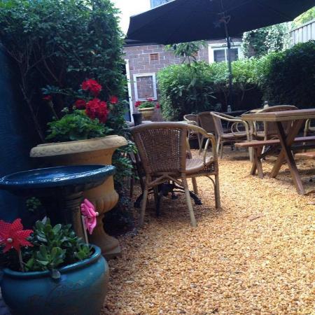 Decolata Cafe Summer Hill