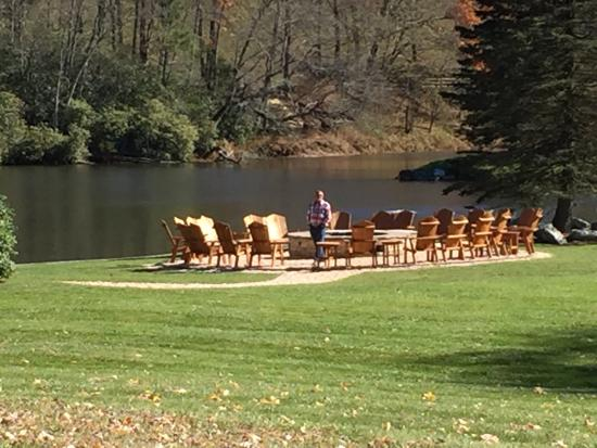 Chetola Resort at Blowing Rock: Perfect Fall Weekend ( Oct 30-Nov1, 2015)-- views from our room- 3rd floor of the Lodge