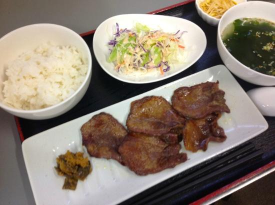 Hotel 1-2-3 Sakai: 期間限定牛タン定食