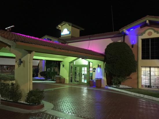 Days Inn Little Rock/Medical Center: Pretty entrance
