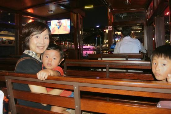 River Explorer Singapore- Day Tours: 船に乗れてごきげん