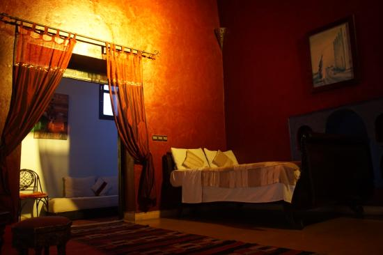 Riad Jomana: The big double room