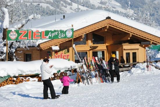 Dorfer Apres Ski