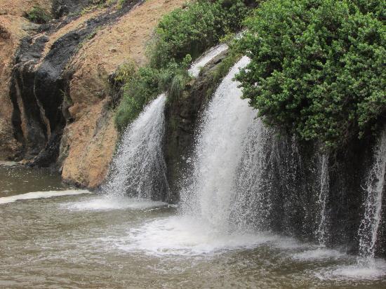 Kanakapura, Indien: Chunchi Waterfalls